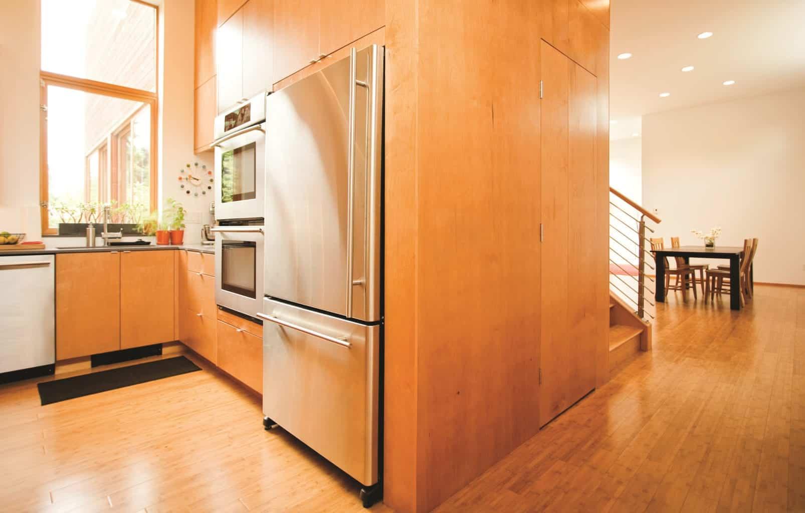 现代木板厨房